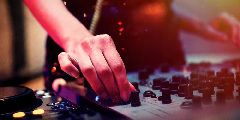 DJ Olmak İsteyenlere Tavsiyeler