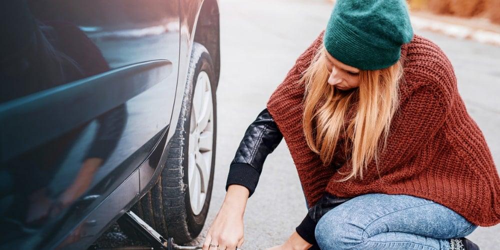 Araba Lastiği Değiştirme Nasıl Yapılır